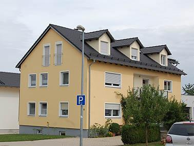 Dacheindeckung Mehrfamilienhaus