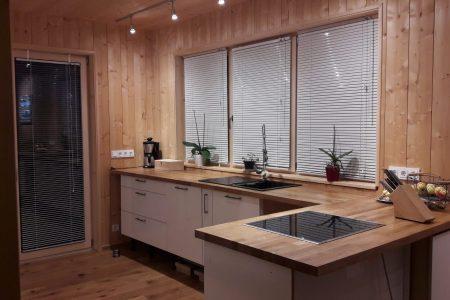 Massivholzhaus Küche